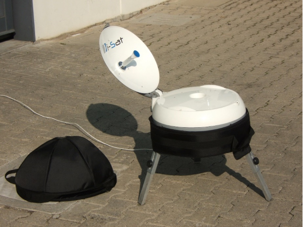 antenne satellitari a puntamento automatico